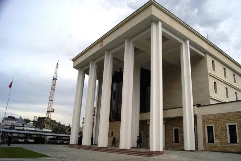 Поздравляем сотрудников Посольства России в Абхазии с профессиональным праздником!
