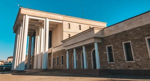 Российское посольство в Абхазии возобновило прием посетителей