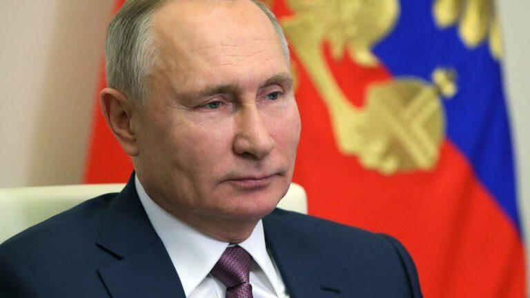 Приветствие Путина участникам и гостям VII Всемирного конгресса соотечественников, проживающих за рубежом